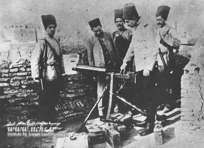 رضاشصت تیری (رضاخان بعدی ) او به دلیل مهارت در کار با شصت تیر یکی از نیروهای مهم قوای دولتی در جنگ با مبارزان مشروطه خواه تبریزی بود