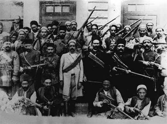 مبارزان مشروطه خواه تبریز، مقاومت سرسختانه آنها باعث جلب توجه افکار عمومی در اروپا شد