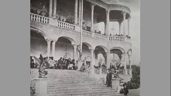 مجاهدان در پارک اتابک
