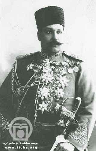 علی خان ارشد الدوله شوهر عمه محمد علی شاه . او تلاش زیادی برای بازگرداندن شاه فراری به تاج و تخت انجام داد