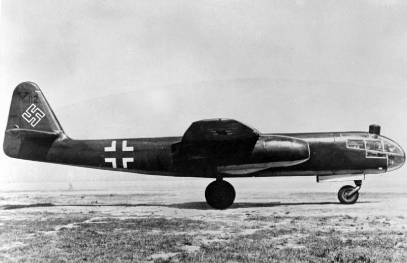 H:\Arado_Ar_234_on_ground_c1945.jpg