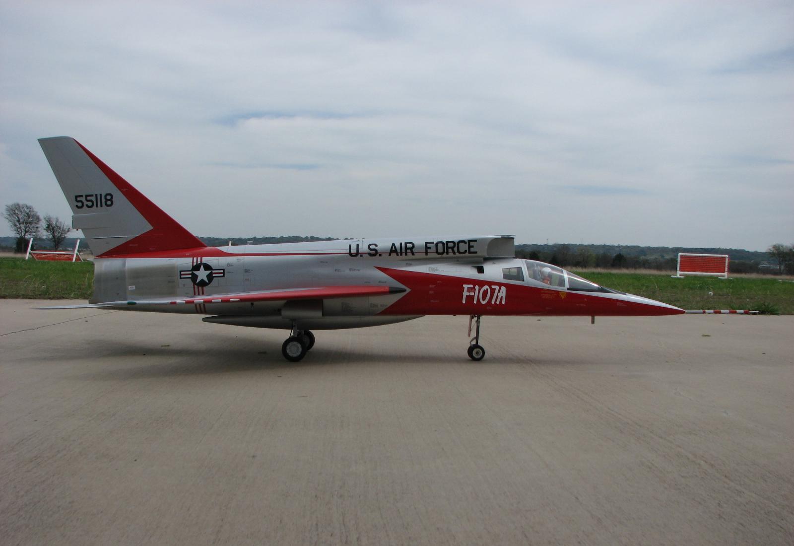 H:\مقالات هوانوردی\F-107A\IMG_0307small.JPG