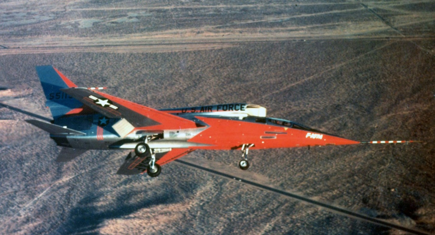 H:\مقالات هوانوردی\F-107A\North-American-Aviation-F-107A-NA-55-5119.jpg