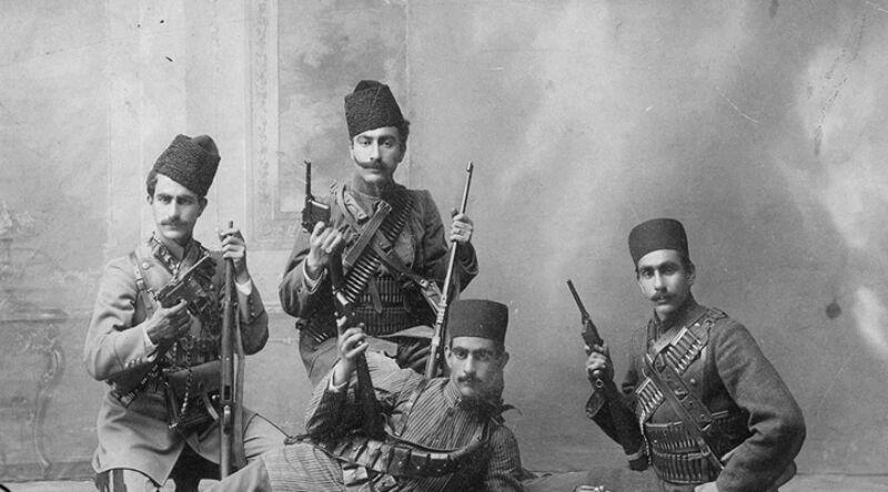 اعضای کمیته مجازات. این کمیته اولین گروه تروریستی تاریخ معاصر ایران بود که در نهایت در دوره نخست وزیری وثوق الدوله اعضای اصلی آن دستگیر و مجازات شدند
