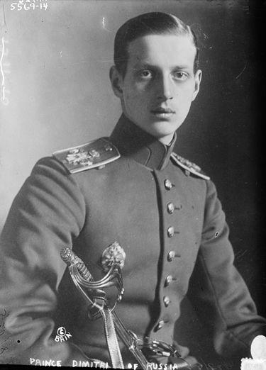 گراندوک دیمیتری پاولویچ .ورود ناگهانی این عضو بلند پایه خاندان سلطنتی رومانوف باعث بروز شایعات فراوانی در تهران شد