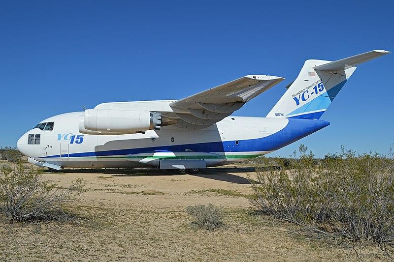 H:\800px-McDonnell_Douglas_YC-15A_'N15YC'_(27824750095).jpg